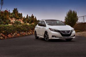 Eкстер'єр Nissan Leaf 2018 — фото 30