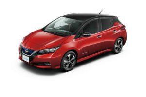 Електромобіль Nissan Leaf 2018 — колір black & red