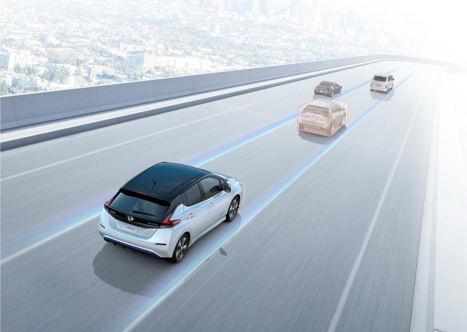 Новий Nissan Leaf пропонує напівавтономну технологію водіння ProPilot Assist