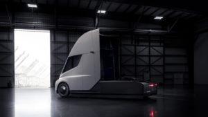 Електрична вантажівка Tesla Semi — фото 2