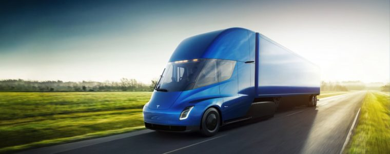 Електрична вантажівка Tesla Semi — фото 6