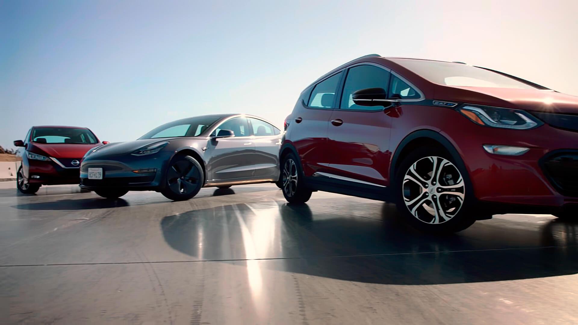 Порівняння Tesla Model 3, Nissan Leaf і Chevrolet Bolt EV ...