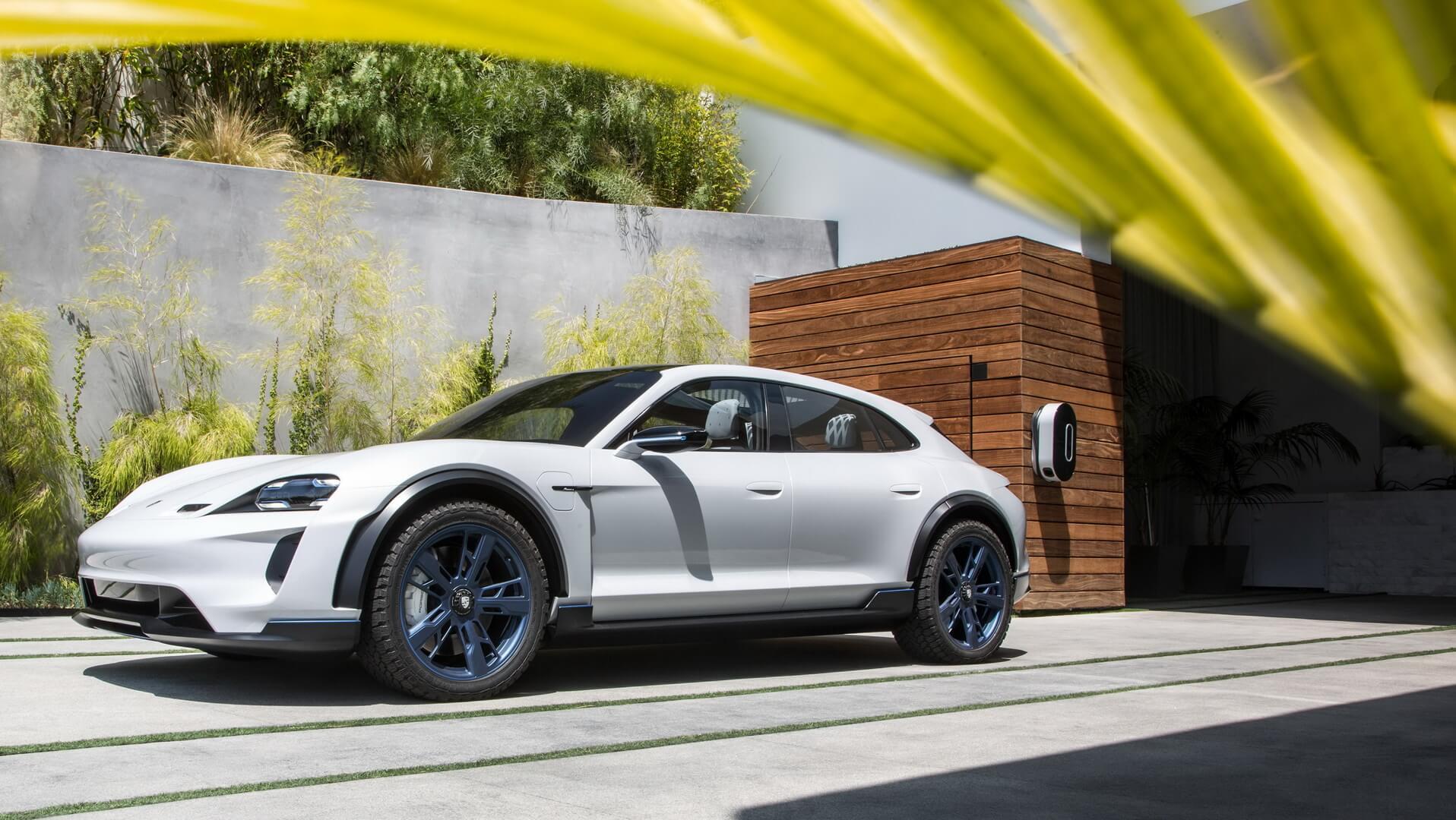 Porsche ECross Turismo