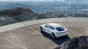 Porsche Taycan — фото 2