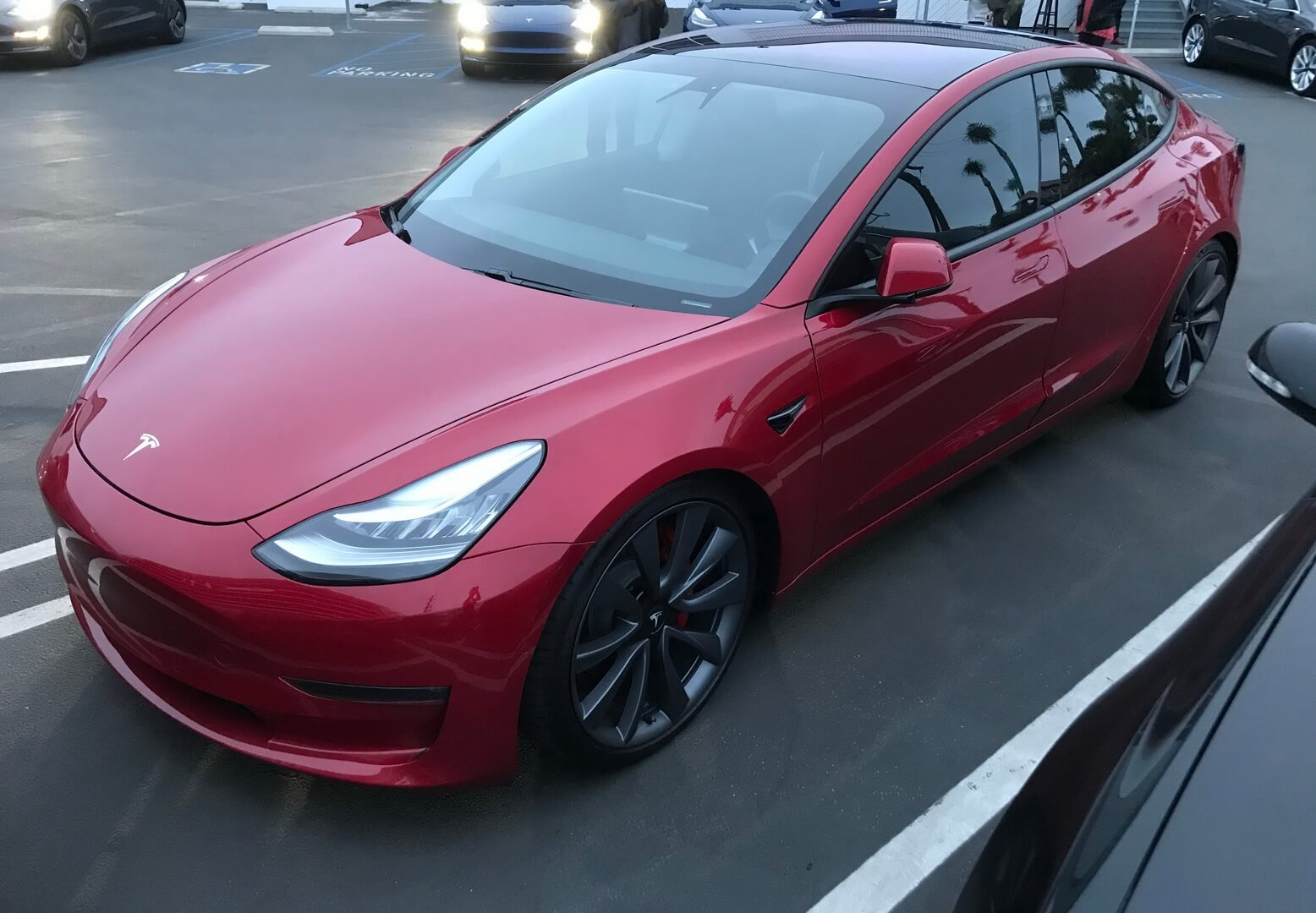 Tesla Model3 Dual Motor All-Wheel-Drive