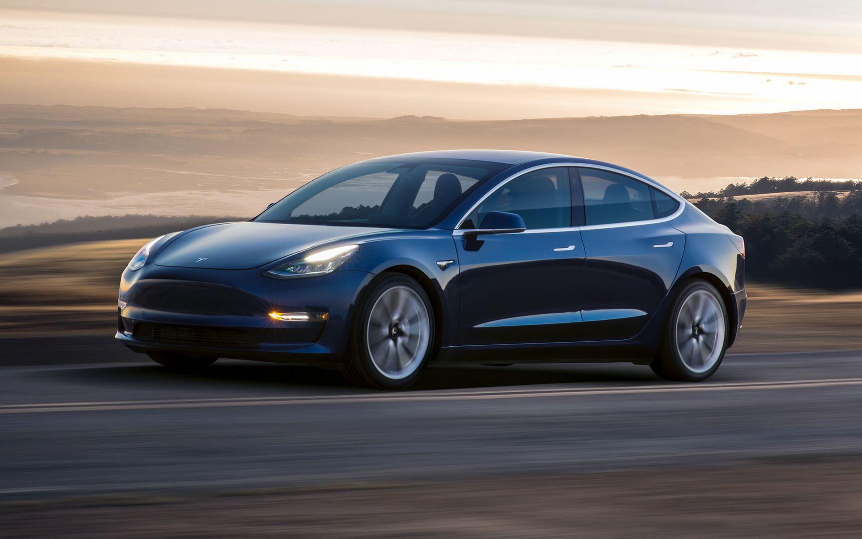 Електромобіль Tesla Model 3