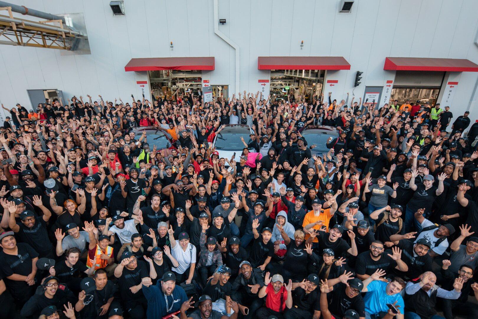 Фотографія команди Tesla