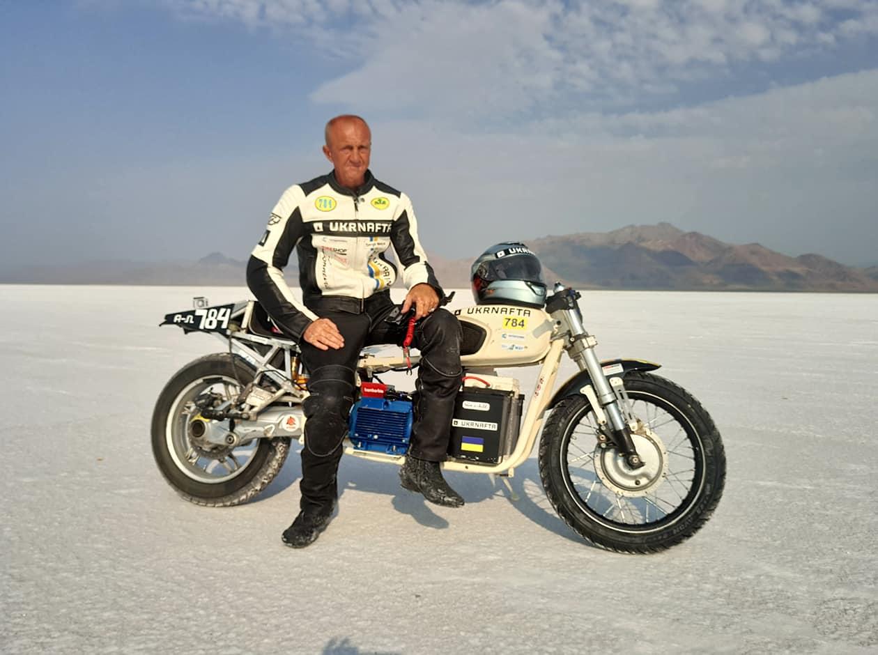 Сергій Малик на мотоциклі «Дніпро» встановив світовий рекорд швидкості