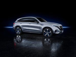 Екстер'єр Mercedes-Benz EQC — фото 4