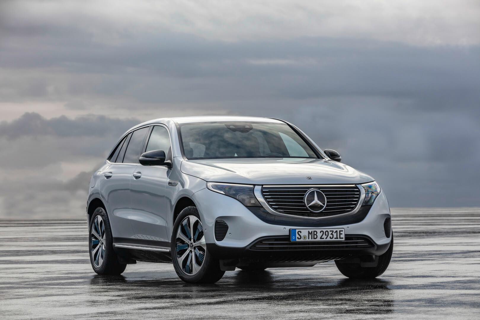 Електричний кросовер Mercedes-Benz EQC