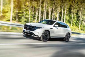 Екстер'єр Mercedes-Benz EQC — фото 14