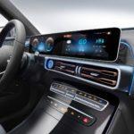 Інтер'єр Mercedes-Benz EQC — фото 2