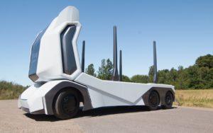 Повністю електрична автономна вантажівка T/log