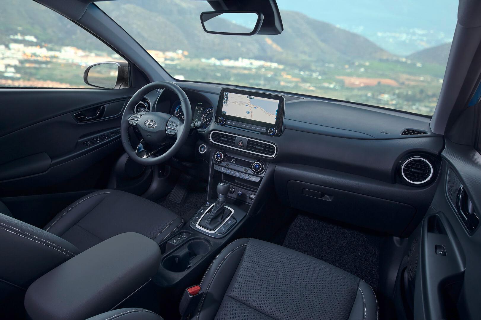Інноваційний дизайн інтер'єру Hyundai Kona Hybrid