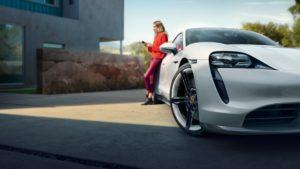Заряджання Porsche Taycan