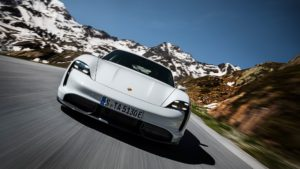 Дизайні екстер'єру Porsche Taycan - фото 9