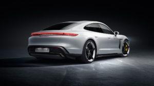 Дизайні екстер'єру Porsche Taycan - фото 2