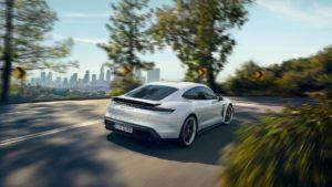 Дизайні екстер'єру Porsche Taycan - фото 10