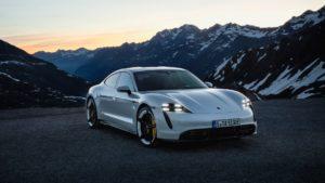 Дизайні екстер'єру Porsche Taycan - фото 3