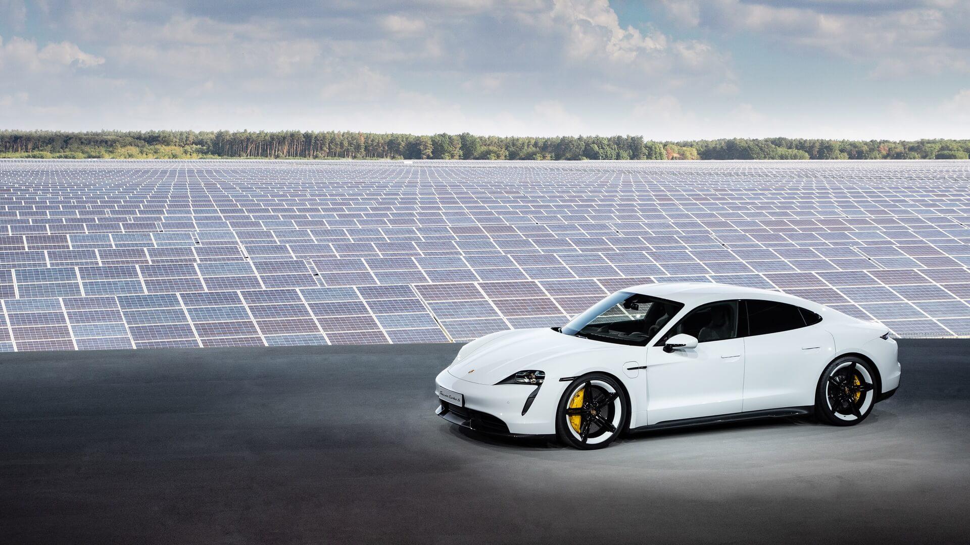 Світова прем'єра Porsche Taycan