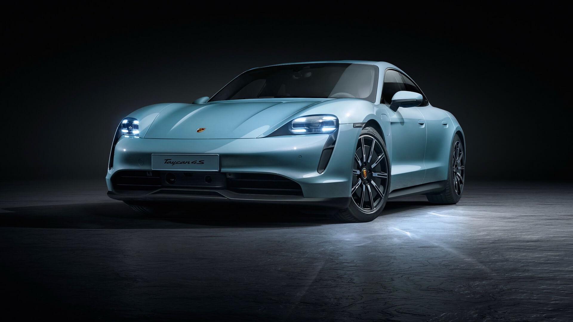 Porsche розширює модельний ряд електричних спортивних автомобілів із Taycan 4S