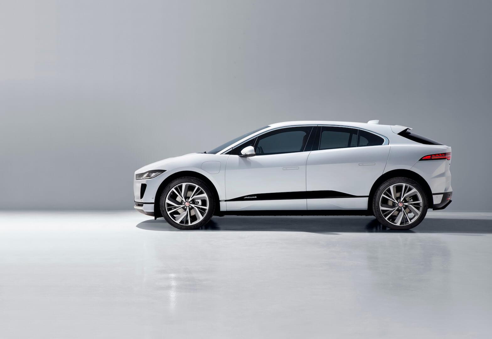Повністю електричний кросовер Jaguar I-PACE