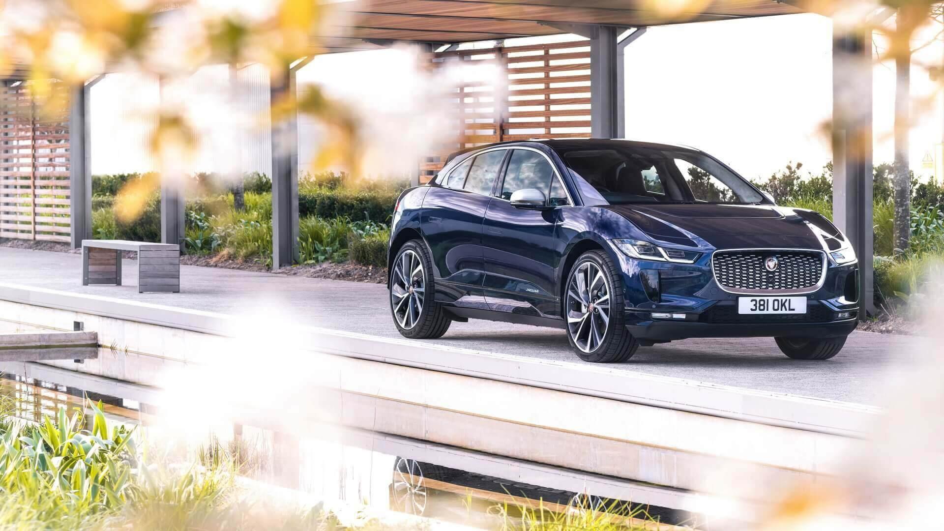 Електричний кросовер Jaguar I-PACE 2021