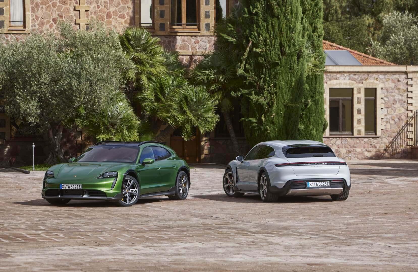 Porsche Taycan Turbo S Cross Turismo та Taycan 4S Cross Turismo