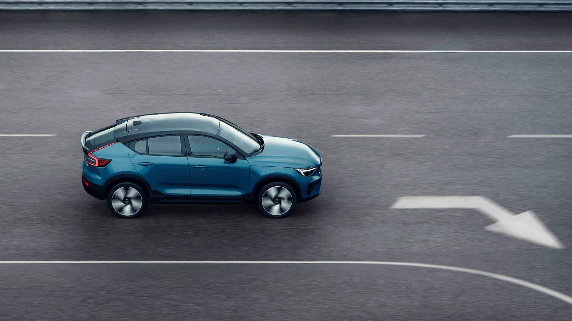 Volvo C40 Recharge - другий повністю електричний автомобіль шведського автовиробника