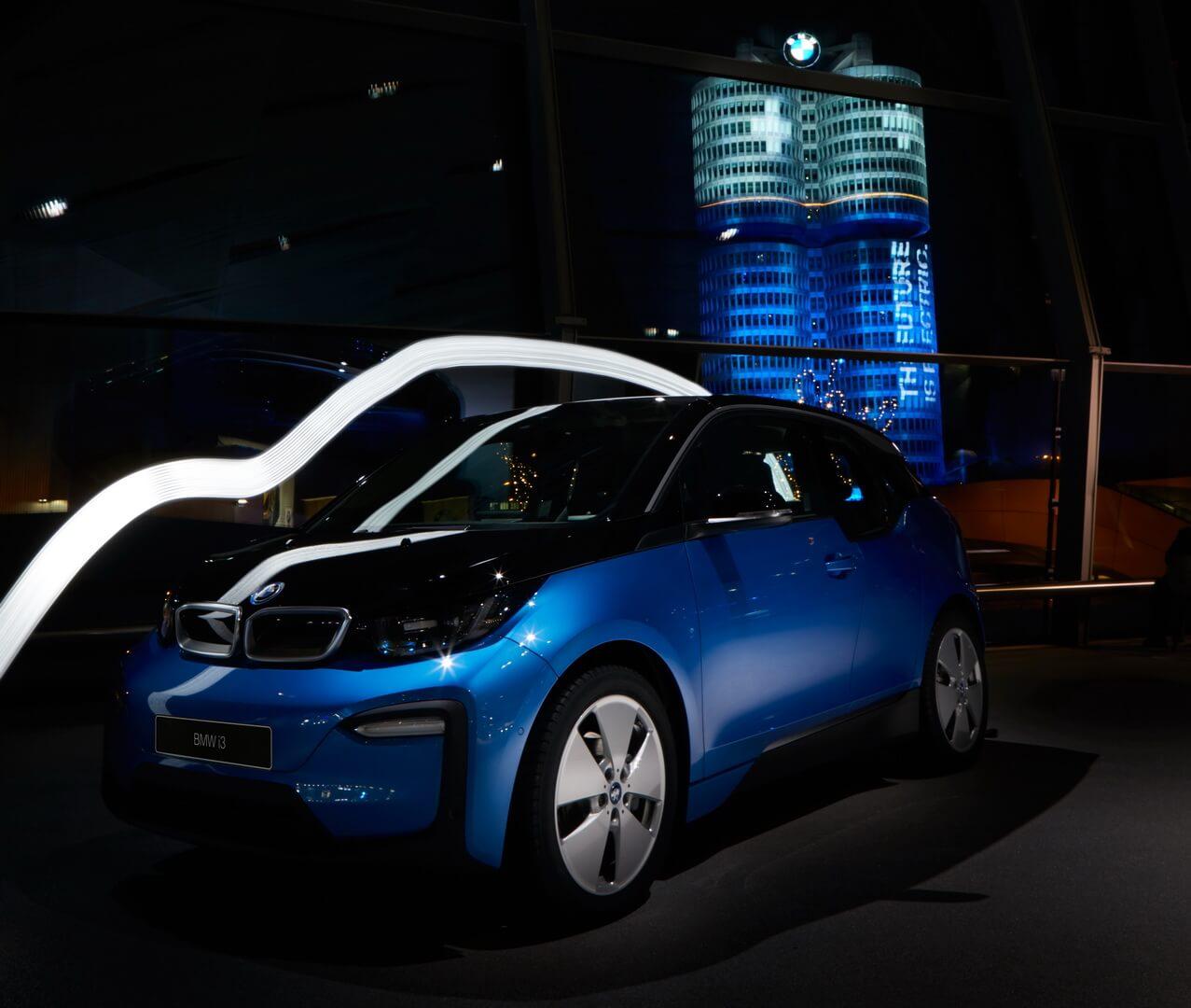 Повністю електричний автомобіль BMW i3