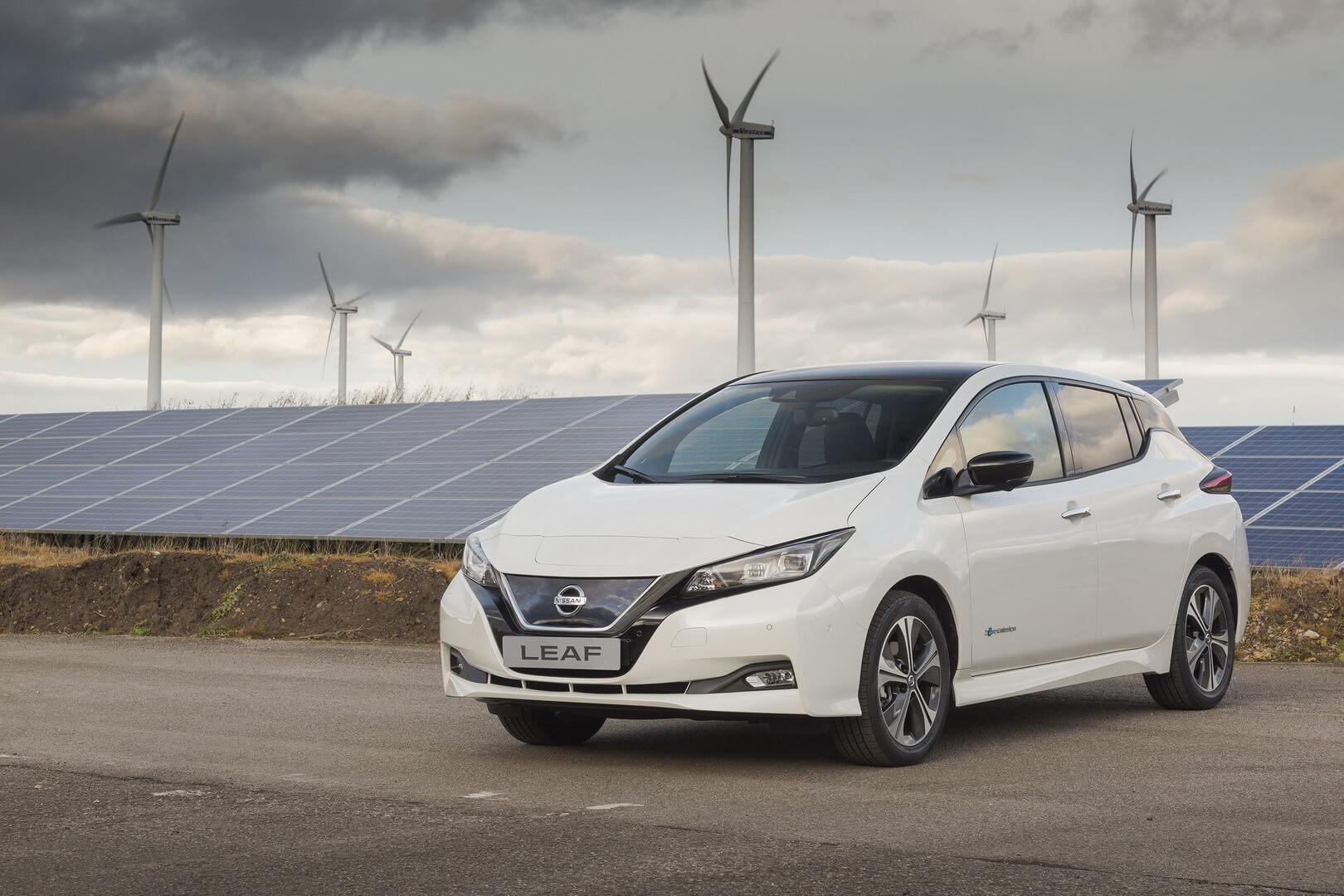 Друге покоління найбільш продаваного електромобіля усвіті Nissan LEAF